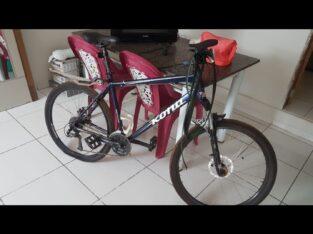 Bicicleta Kona azul