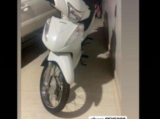 Moto Biz Branca Roubada